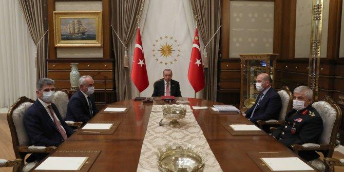 Erdoğan, Bakan Soylu ve beraberindekileri kabul etti
