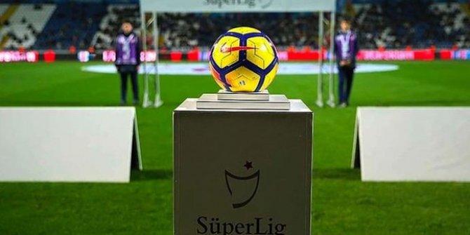 Süper Lig'den takımların faul ve kart sayıları