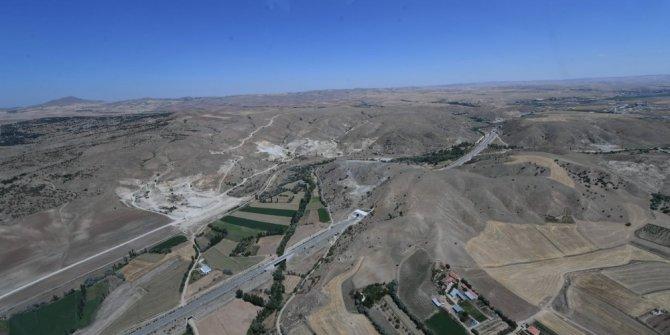 """Karaismailoğlu: """"Hedefimiz 2023 yılına 3 bin 500 kilometre demir yolu hattı ile girmek"""""""