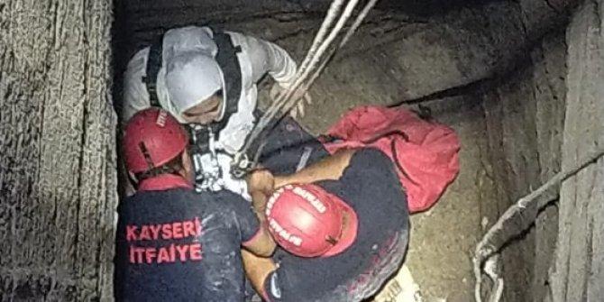 15 metrelik kuyuya düşen genç kız yaralı olarak kurtarıldı