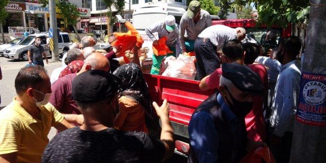 Bayram öncesi 70 bin adet poşet dağıtıldı