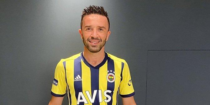 Gökhan Gönül resmen Fenerbahçe'de
