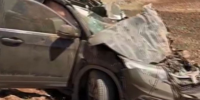 Araçların hurdaya döndüğü kazada 4 kişi yaralandı