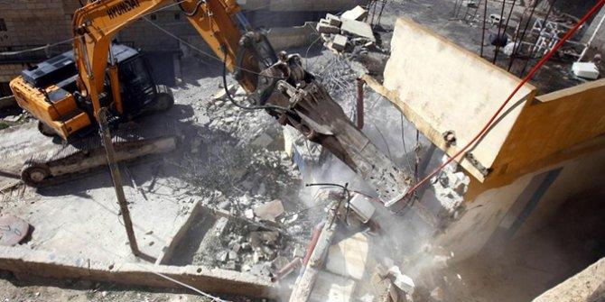 İsrail, Kudüs'te ve El Halil'de Filistinlere ait evlerini yıktı