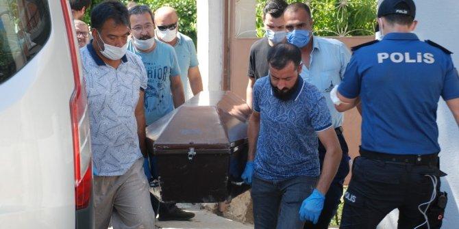 İzmir'de eski eşini boğarak öldüren zanlı polise teslim oldu
