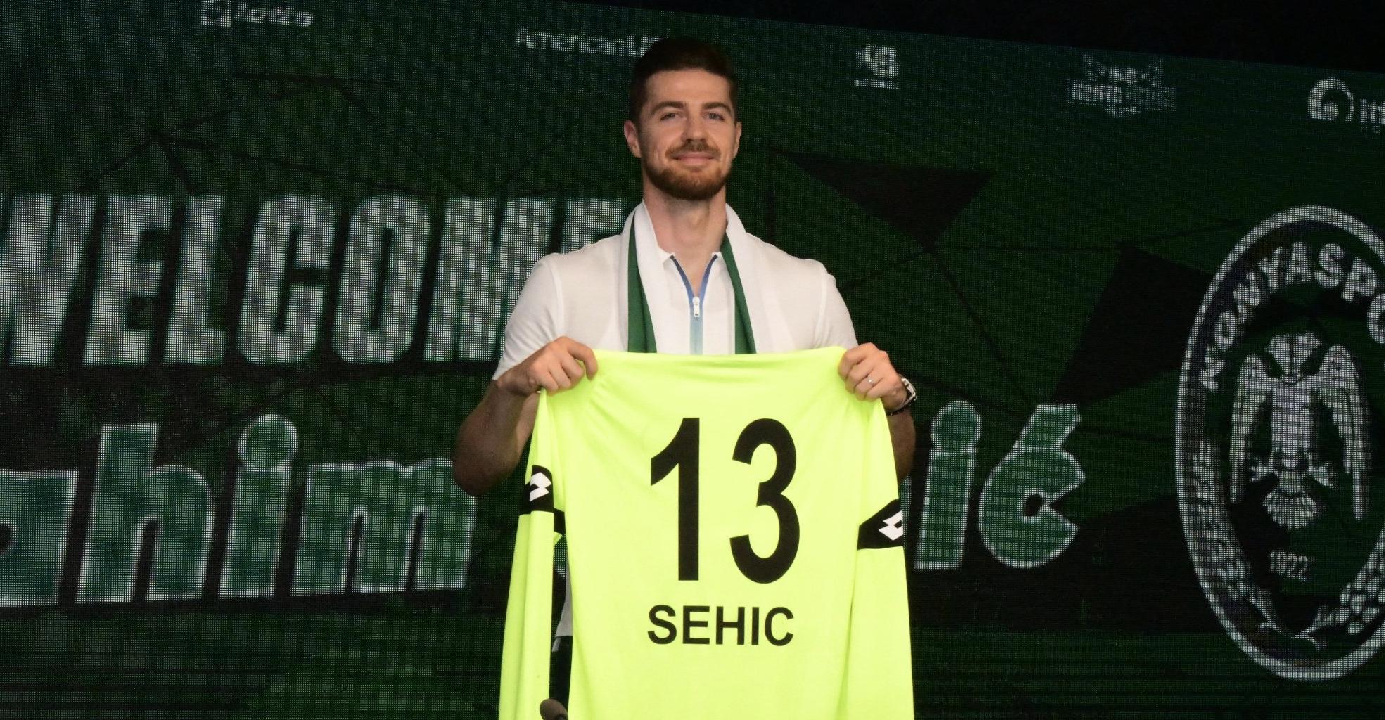 Sehic resmen Konyaspor'da! İmzayı attı