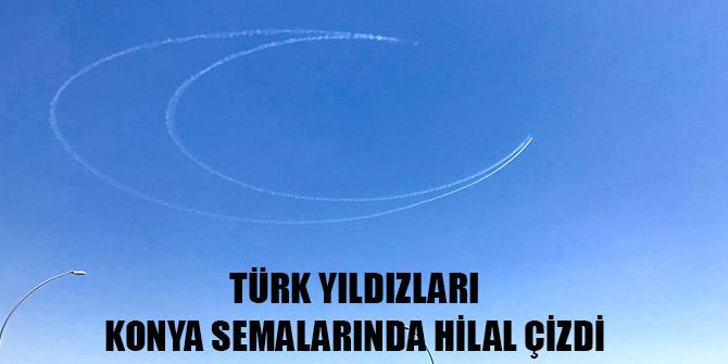Türk Yıldızları Konya semalarında hilal çizdi