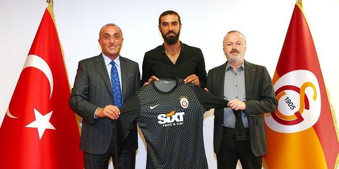 Galatasaray, Fatih Öztürk ile 2 yıllık sözleşme imzaladı