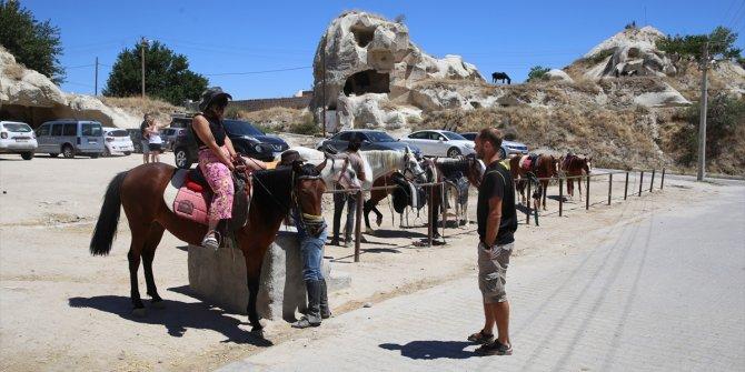 Kapadokya, pandemi sürecinde günübirlikçi yerli turistleri ağırlıyor