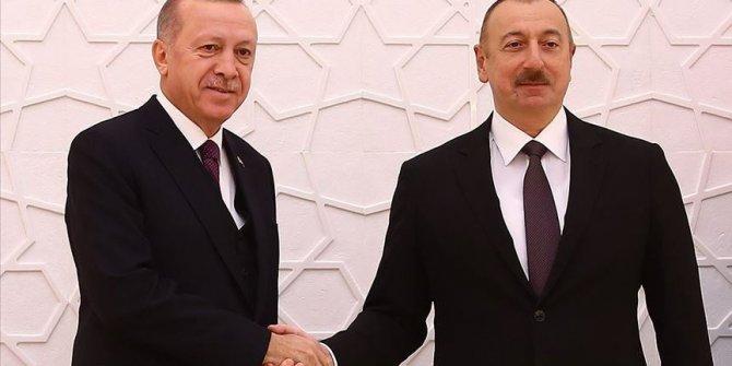 Erdogan félicite Aliyev à l'occasion du 102ème anniversaire de la libération de Bakou