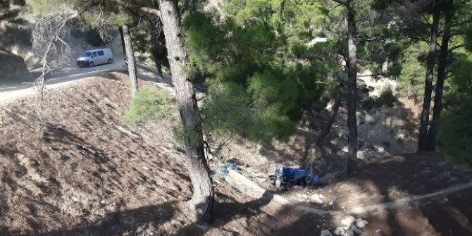 Tarım aracı uçuruma yuvarlandı: 1 ölü, 2 yaralı