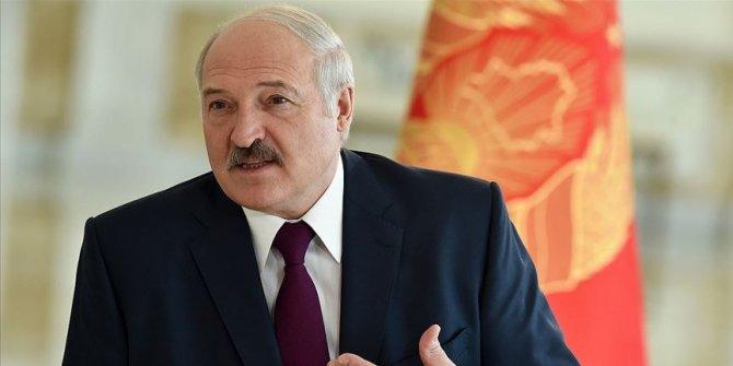 Aleksandr Lukaşenko görevine başladı