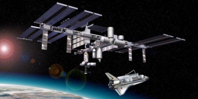 Uluslararası Uzay İstasyonu, eski uydu parçasına çarpmamak için manevra yaptı