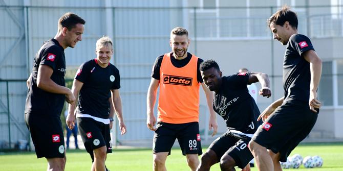 Konyaspor, Beşiktaş'a hazırlanıyor