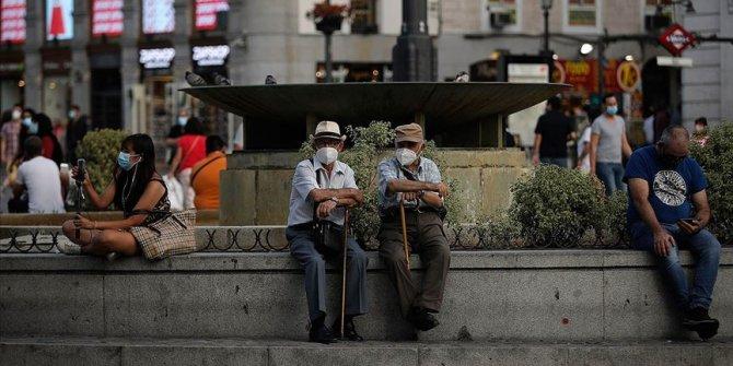 İspanya'da son 24 saatte Kovid-19 vakaları 9 bin 419, ölü sayısı 182 arttı