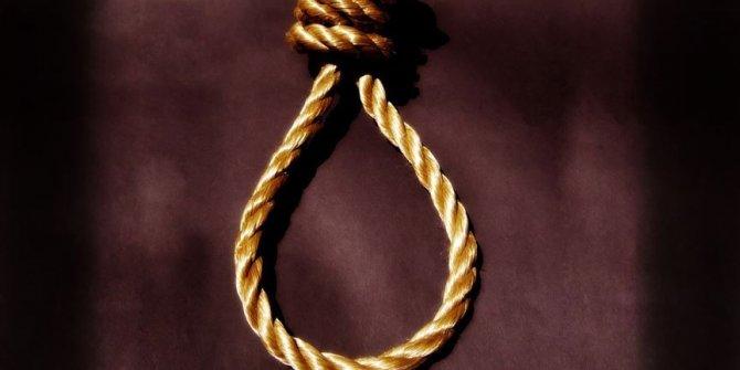 Kocasını öldüren kadını kızı idam etti