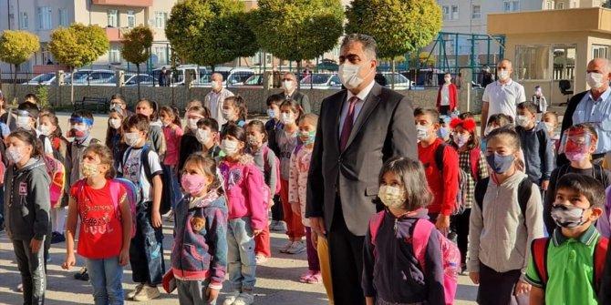 Ilgın Belediye Başkanı Ertaş'tan öğrencilere ziyaret