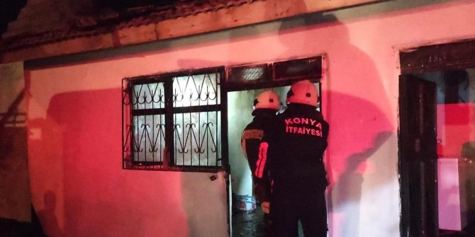 Konya'da müstakil ev yangını