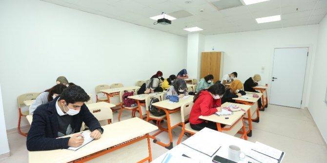 Bazı üniversitelerin bünyesinde yeni fakülte ve enstitüler kuruldu