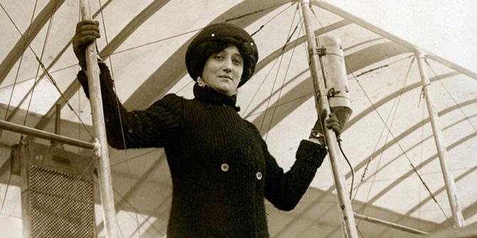 Dünyadaki ilk kadın pilot Raymonde de Laroche