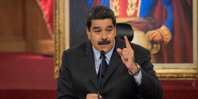 Maduro: Rusya ve Çin'den gelecek aşılar aralıkta hazır olabilir
