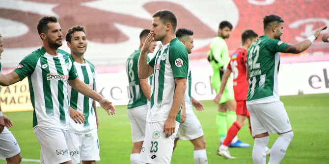 Konyaspor'un 5 golü 2 oyuncudan