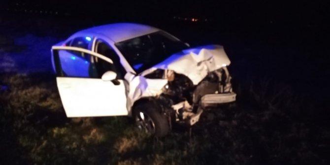 Otomobilin çarptığı traktörün sürücüsü öldü