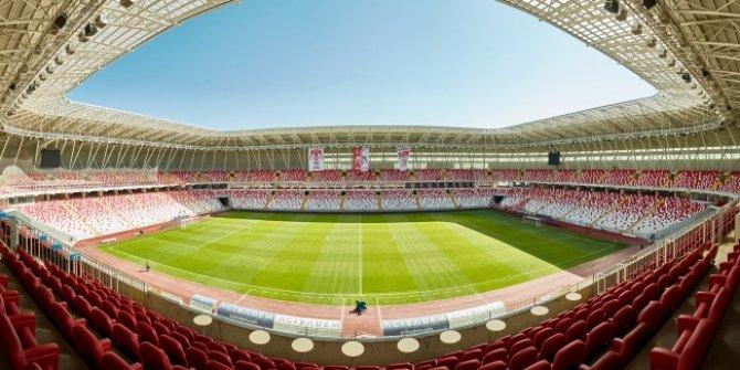 Sivasspor-Maccabi maçında sadece localara seyirci alınacak