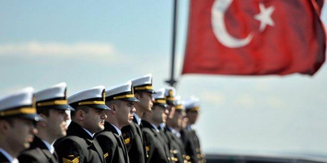 29 gemi ile 25 limanda Cumhuriyet selamlaması