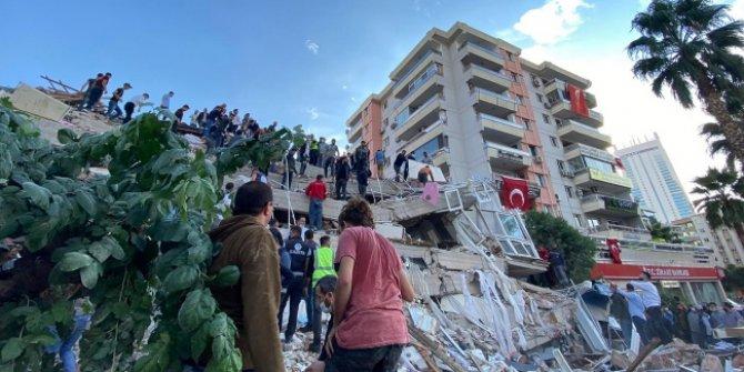 """Spor camiasından İzmir'deki deprem için """"geçmiş olsun"""" mesajları"""