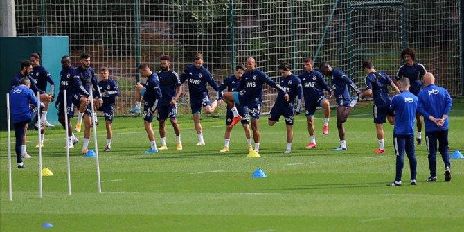Fenerbahçe'de Antalyaspor maçı hazırlıkları sürüyor