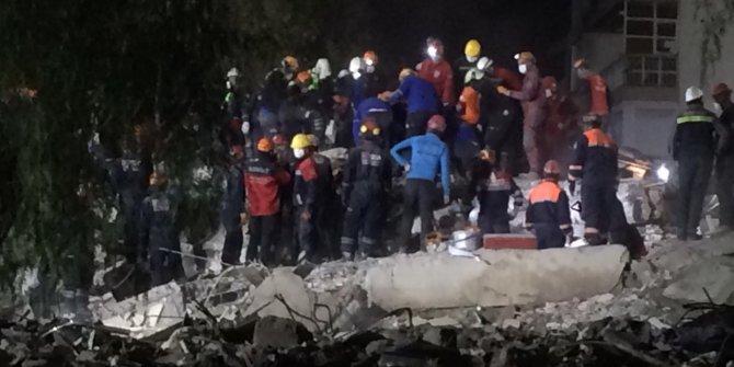 İzmir'deki depremde can kaybı 73 oldu