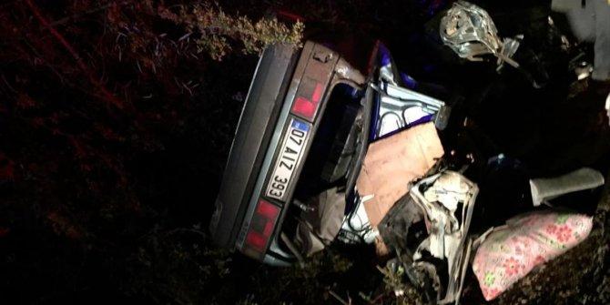 İki otomobil çarpıştı: 3 ölü, 2 yaralı