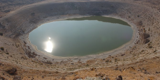 Meyil Obruk Gölü yeniden doğal rengine büründü
