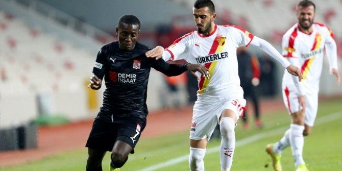 Göztepe'den Sivasspor'a çelme