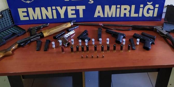 Konya'da ruhsatsız silahlar ele geçirildi
