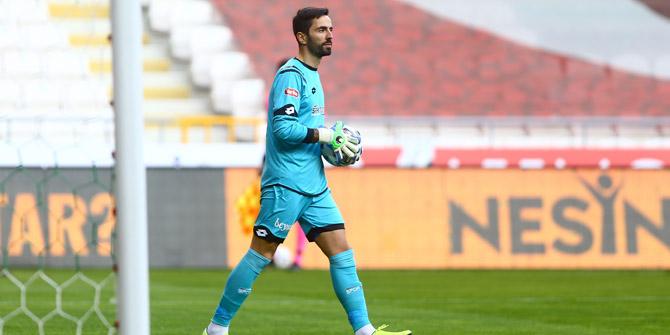 Konyaspor'da Eray'ın mağlubiyet üzüntüsü