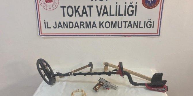 Tokat'ta kaçak kazı yapan 2 kişi suçüstü yakalandı