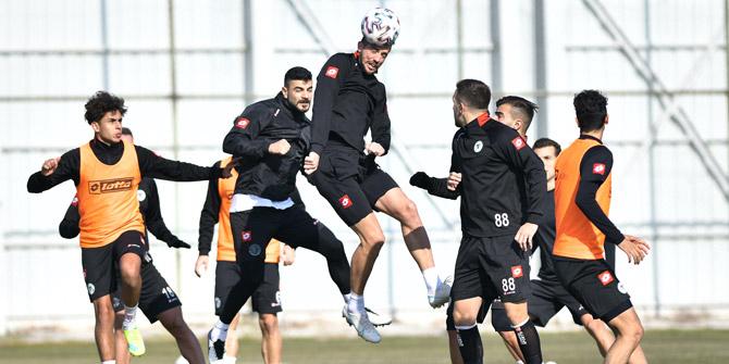 Konyaspor tempolu hazırlanıyor