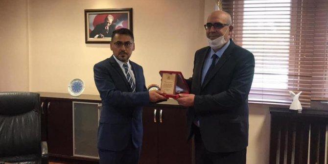 Selçuk İletişimin yeni dekanı Prof. Dr. Enderhan Karakoç!