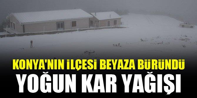 Konya'nın ilçesi, yoğun kar yağışıyla beyaza büründü