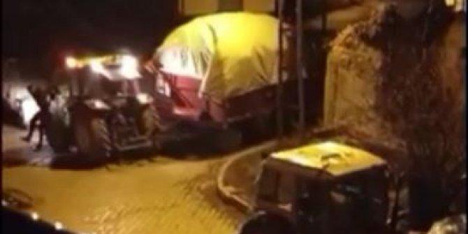 Konya'da devrilen pancar yüklü traktörün sürücüsü son anda atlayarak kurtuldu