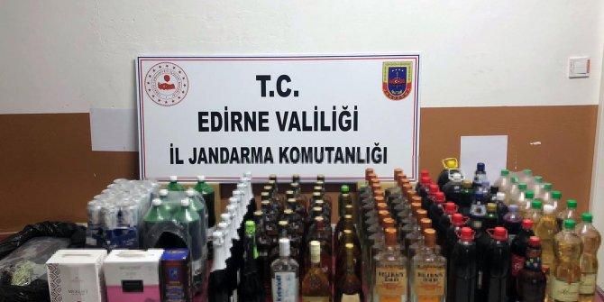 Edirne sınırında 155 litre kaçak içki ele geçirildi: 8 gözaltı
