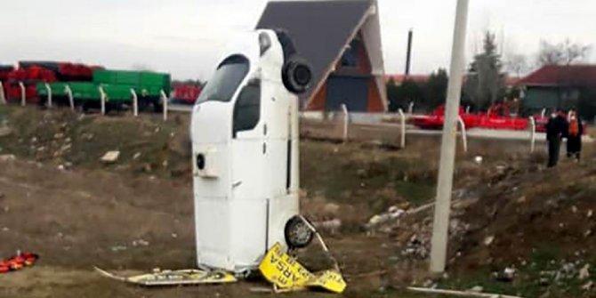 Konya'da yoldan çıkan kamyonet şaha kalktı!