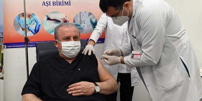 TBMM Başkanı Şentop Kovid-19 aşısı oldu