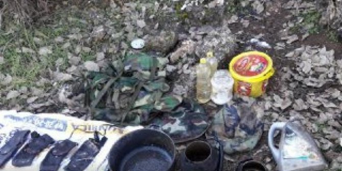 Teröristlere ait patlayıcı ve yaşam malzemesi ele geçirildi