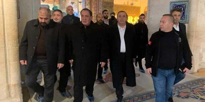 Alaattin Çakıcı Konya'da Mevlana'yı ziyaret etti