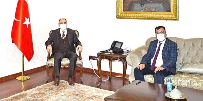 Belediye Başkanları Vali Özkan'ı ziyaret etti