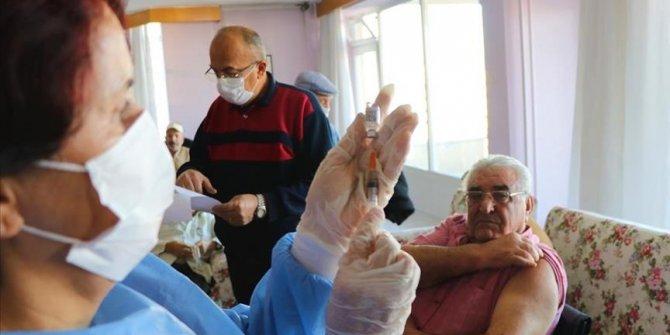 Turska počela vakcinaciju starijih od 75 godina