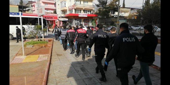 Kahramanmaraş'ta aranan 46 kişi yakalandı, 22'si tutuklandı